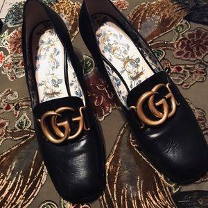 Gucci  shoes Size 9